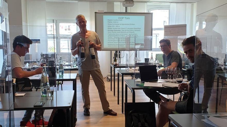 La DO Toro promociona sus vinos en Alemania con catas y seminarios