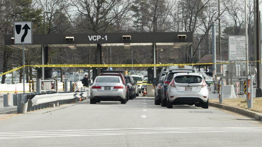 Registran un tiroteo frente a la sede de inteligencia de EEUU