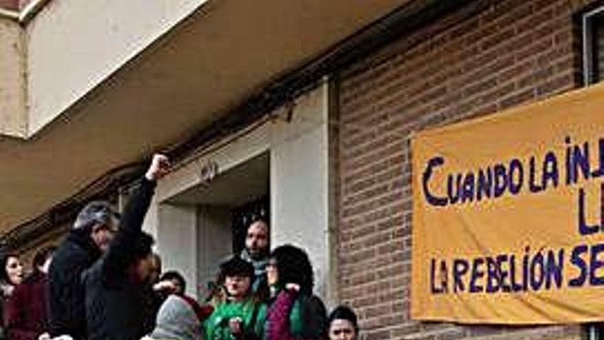 Zamora | El Ayuntamiento se atribuye la solución dada a la familia amenazada de desahucio