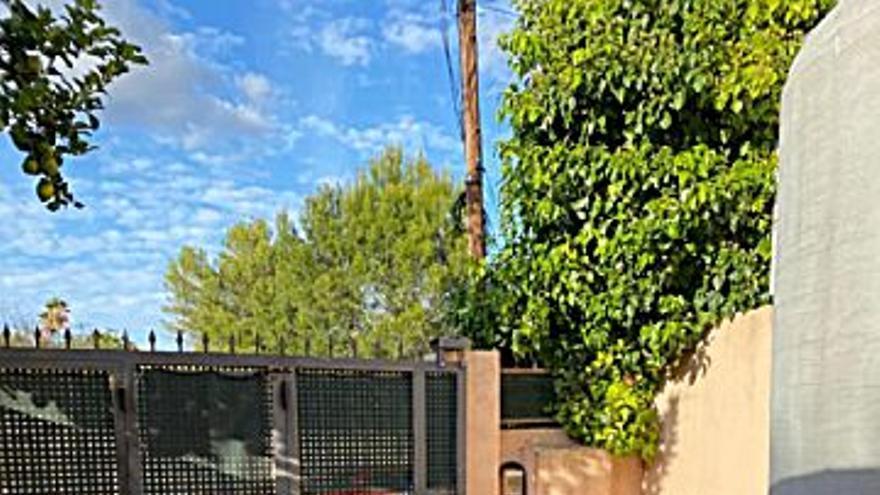 190.000 € Venta de casa en Son Roca (Palma de Mallorca) 71 m2, 2 habitaciones, 1 baño, 2.676 €/m2...