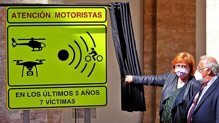 La DGT señaliza 8 tramos de alto riesgo para motos en carreteras secundarias