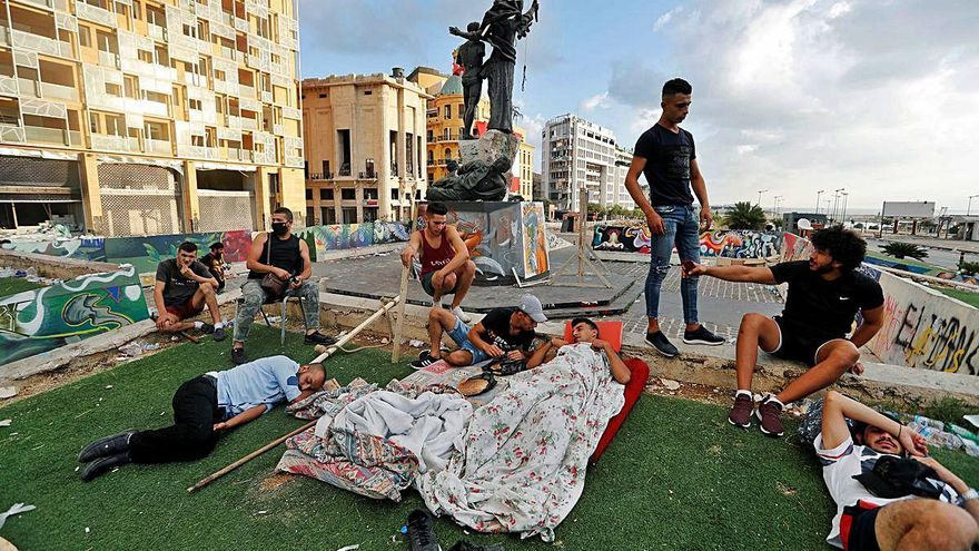 Dimiteix una ministra libanesa per la «resistència» als canvis
