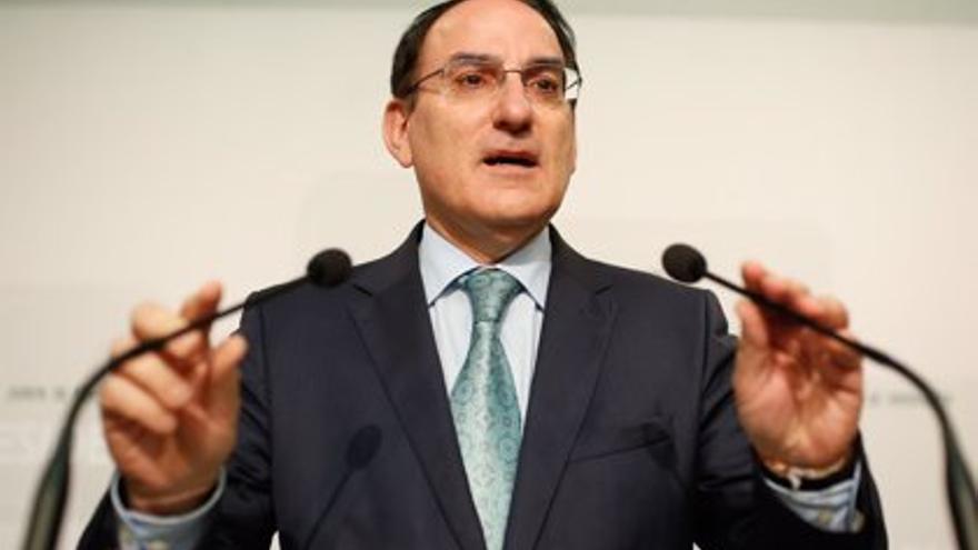 El presidente de la CEA apoya a Garamendi