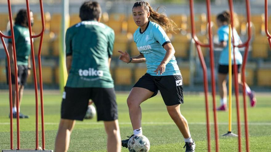 Fichajes: el Villarreal Femenino incorpora a la internacional chilena Pancha Lara y anuncia seis amistosos