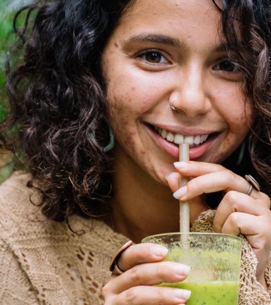 Cómo beber para perder 600 calorías al día y cambiar tu cuerpo sin pasar hambre