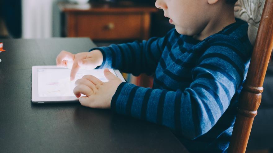 Se nos ha desmadrado el tema de las pantallas en casa, ¿cómo volver a la cordura?