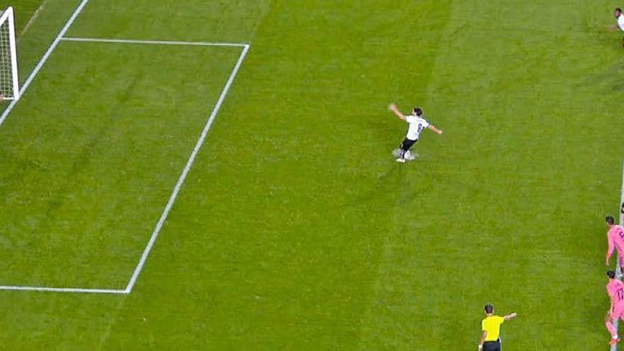 ¿Por qué ha mandado repetir el penalti?