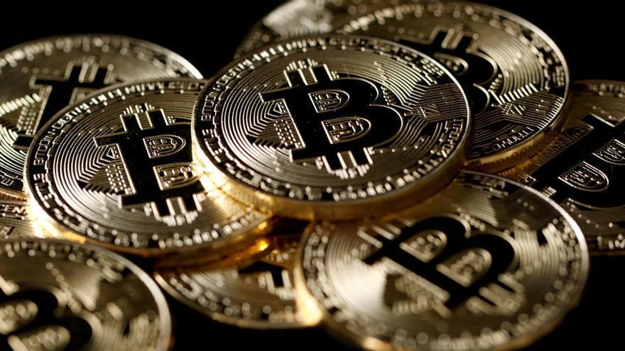 El bitcóin supera los 50.000 dólares y marca un nuevo récord