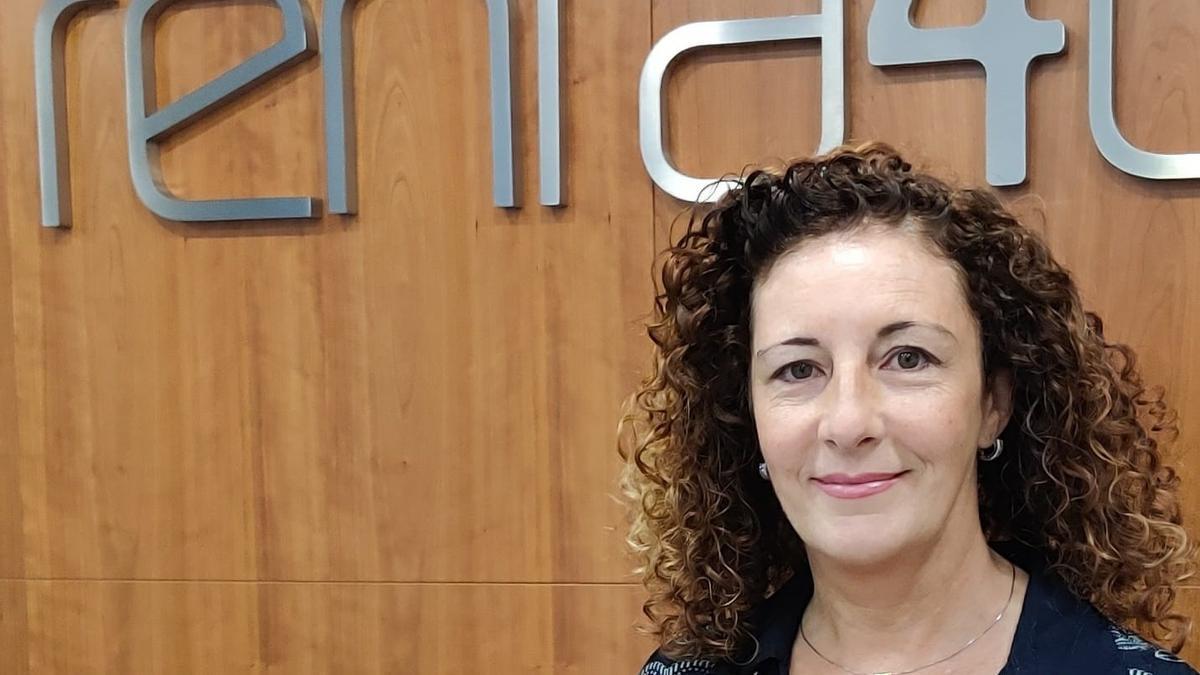 Isabel Pascual Álvaro, asesora de inversiones de la oficina de Renta 4 Alicante.