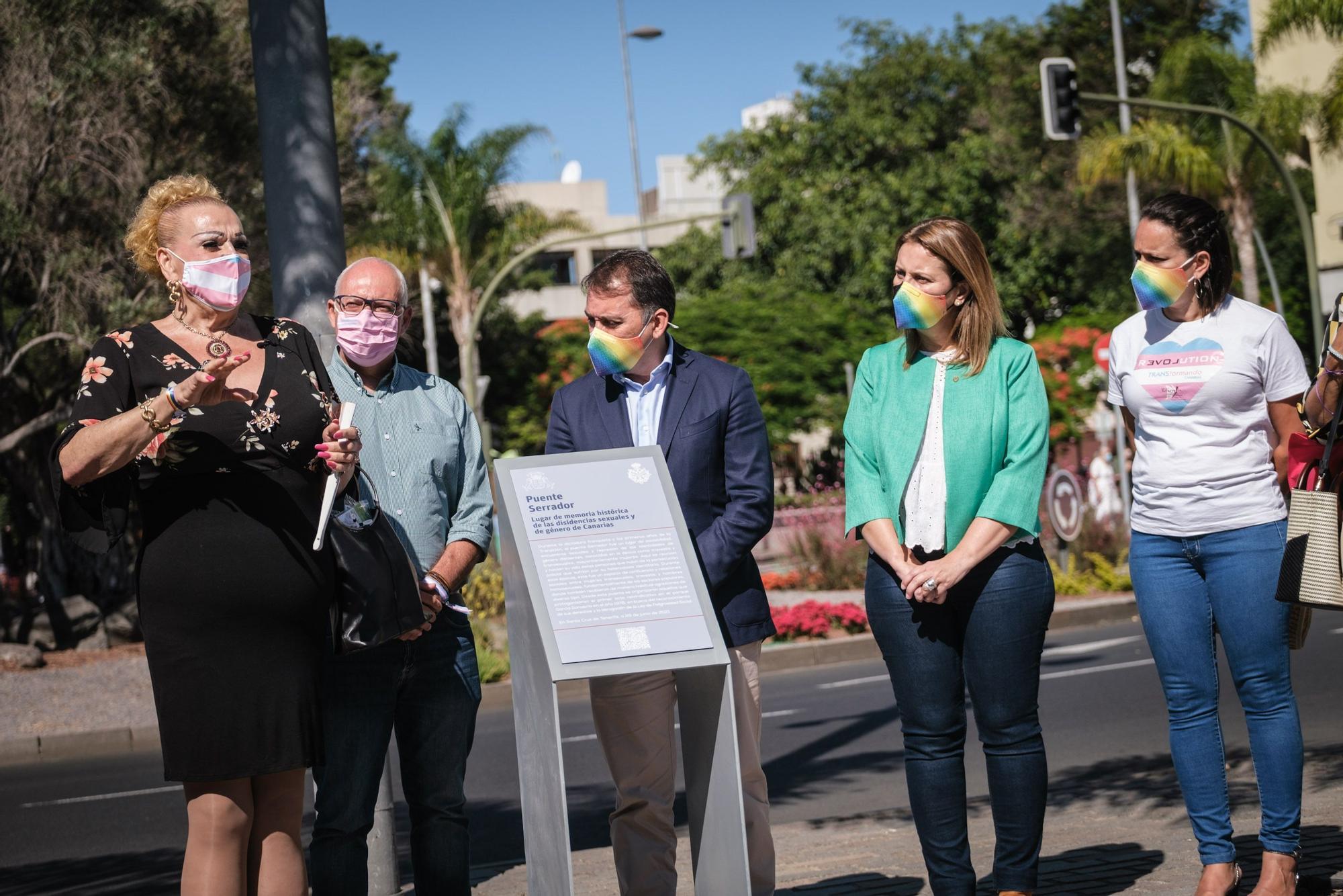 Inauguración de dos placas conmemorativas del día del orgulo LGTBIQ+