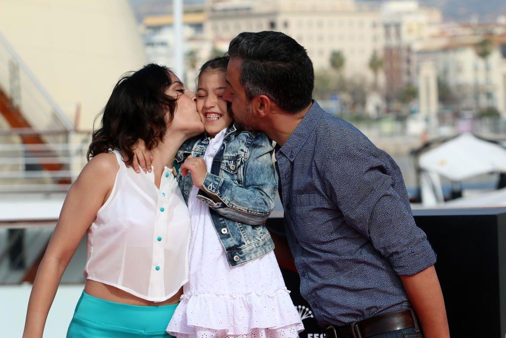 MLG 27/04/2016.-Photocall con el equipo de la pelicula Zoe, con la presencia del director Ander Duque y las actrices Rosalinda Galán y Zoe Gaviera.-ALEX ZEA.