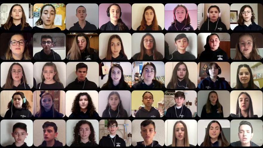 "El coro Carmelitas de Crevillent interpreta el ""Anima Christi"""