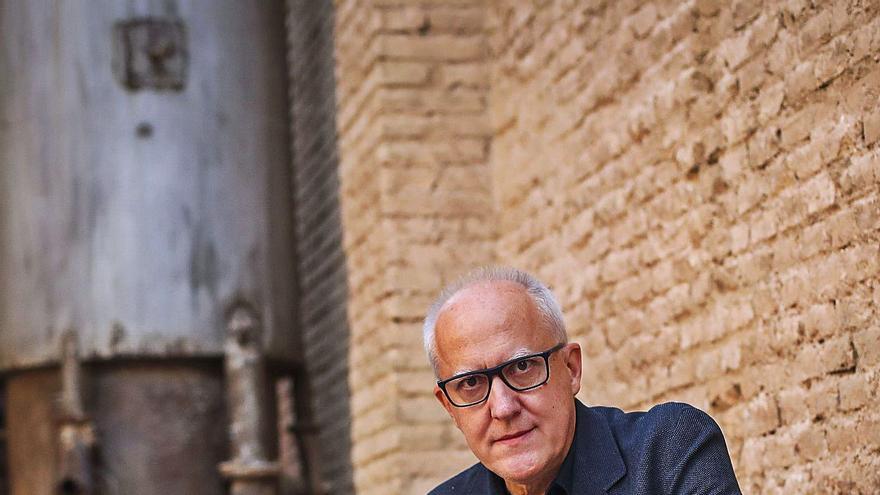 """Juan Uslé: """"En cada exposición crees que es un fracaso todo lo que has hecho"""""""