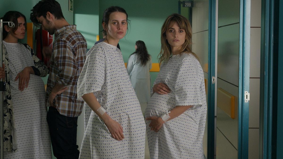 Escena de la nueva película de Almodóvar, 'Madres paralelas'.