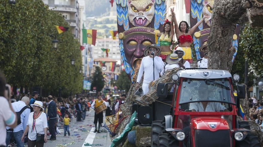 """Oviedo ve """"muy difícil"""" hacer el desfile del Día de América pero baraja alternativas"""