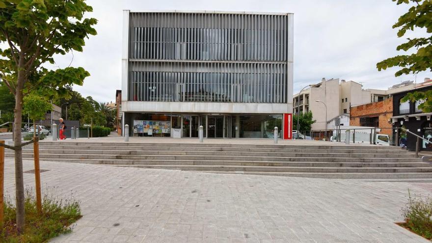 La Biblioteca de Figueres publica la seva programació d'abril