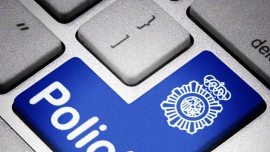 Arrestan a una trabajadora de una residencia por efectuar cargos fraudulentos con las tarjetas de un nonagenario
