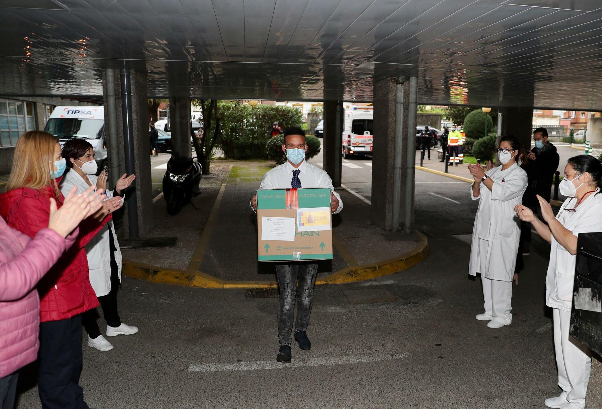 Así comenzó la vacunación contra el coronavirus en Asturias