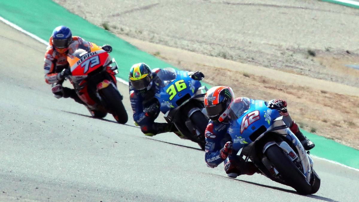 Rins, Mir y Álex Márquez en una carrera de MotoGP 2020.