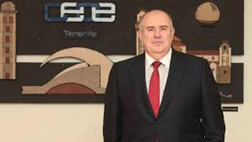 Pedro Alfonso vuelve a la CEOE-Tenerife, que refuerza su equipo para atajar la crisis del Covid
