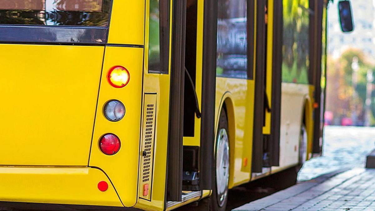 Un dels busos del transport urbà d'Esparreguera | AJ ESPARREGUERA