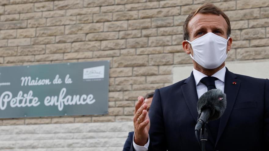 Francia anuncia mejoras en el permiso de paternidad