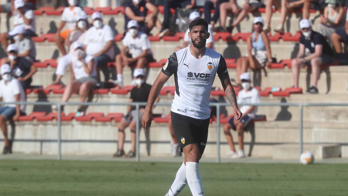 Omar Alderete, frente al Villarreal