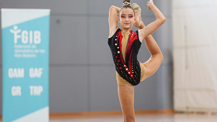 «Lo que más motiva a las gimnastas es enseñar sus ejercicios y competir»