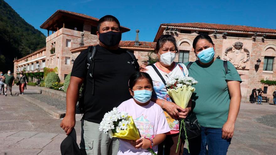 """Prometí que si mi esposa se curaba del coronavirus iríamos a ver a la Santina"""