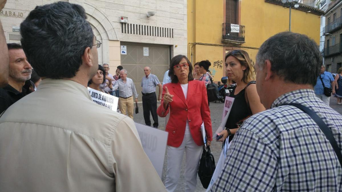 Vecinos de la Axerquía pedirán al Ayuntamiento que recurra el decreto de la Junta sobre hostelería