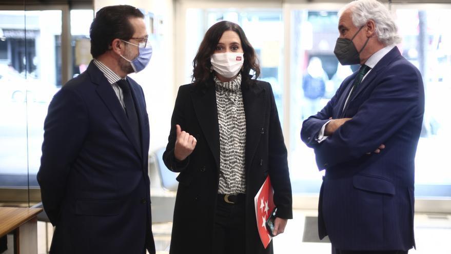 Paracaidistas sobre Madrid