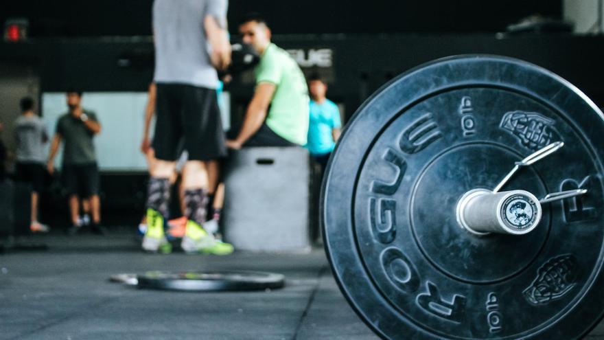 El ejercicio que revoluciona los gimnasios para perder peso rápido y puedes hacer en tu casa
