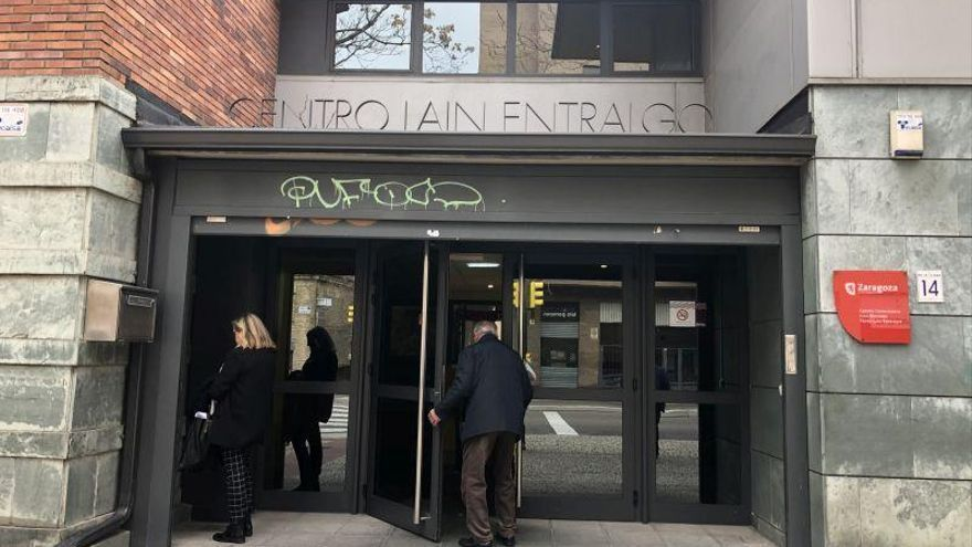 La plantilla de los centros de mayores en Zaragoza estará de erte hasta su reapertura