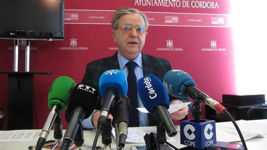 """Fuentes califica de """"grave imprudencia"""" la petición del PSOE de parar los trámites para el Cordel de Écija"""