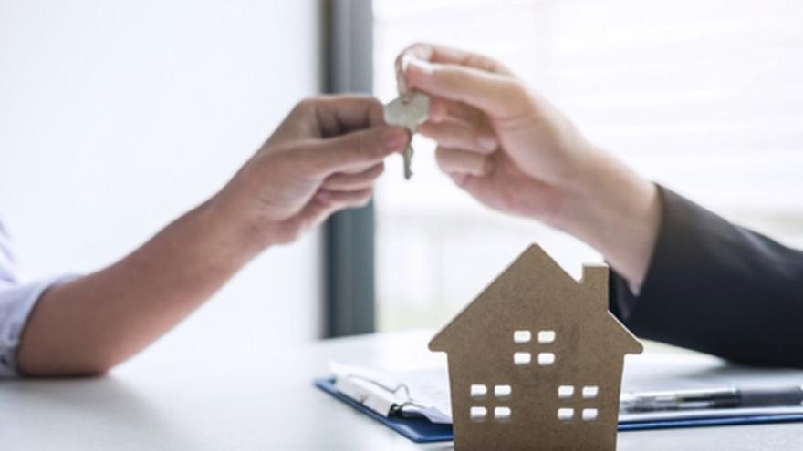 Madrid sigue siendo la comunidad más cara para adquirir una vivienda pese al desplome en los intereses de las hipotecas