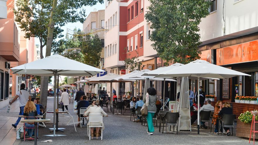 La hostelería celebra el mantenimiento de las terrazas exprés en la capital
