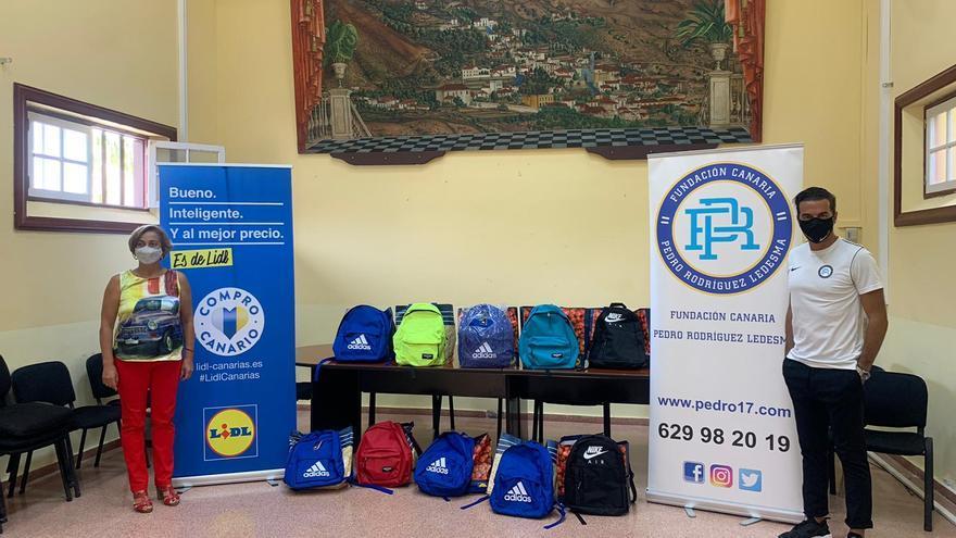 Lidl dona 20.000 euros para ayudar en la vuelta al cole a los menores sin recursos de Canarias