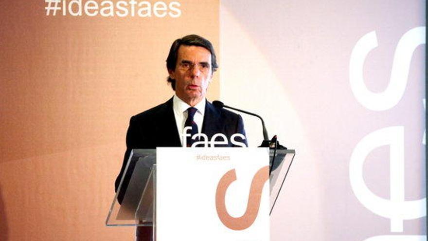Aznar: «Presos colpistes estan essent traslladats a presons dirigides pels colpistes»