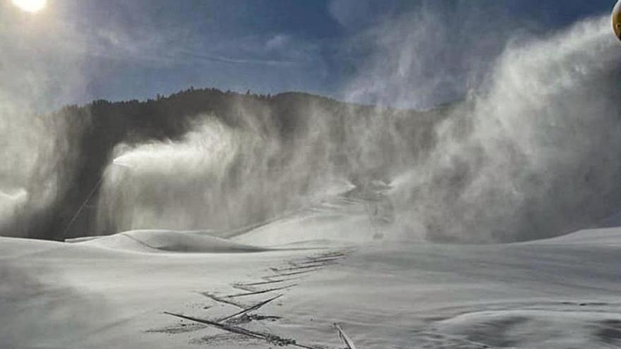 L'esquí aprofita l'obertura comarcal per salvar el final de temporada