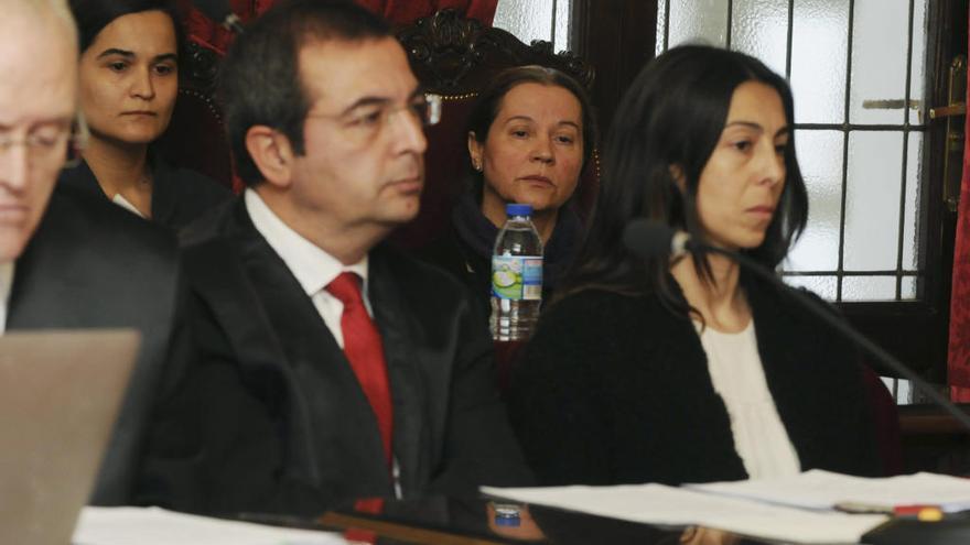 Las asesinas de Isabel Carrasco podrán pedir permisos en breve