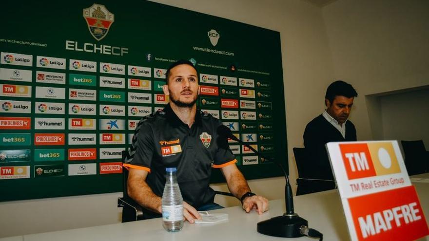 """Piatti: """"He firmado por año y medio y estoy seguro de que jugaremos en Primera"""""""