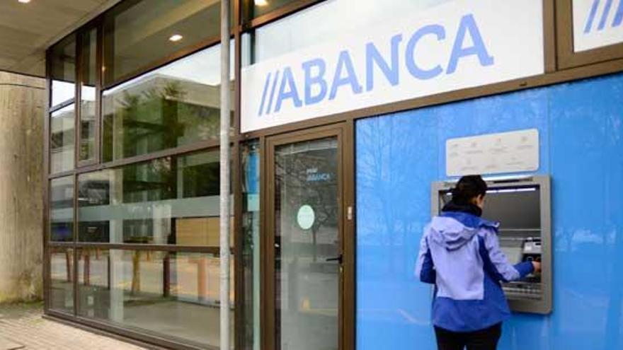 """Abanca activa el plan Segura-Mente para educar a los jóvenes en """"ahorro sostenible"""""""