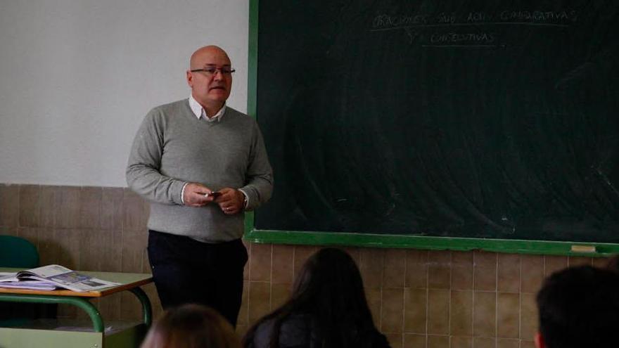 Profesores del María de Molina ganan un premio sobre la obra de Miguel Delibes