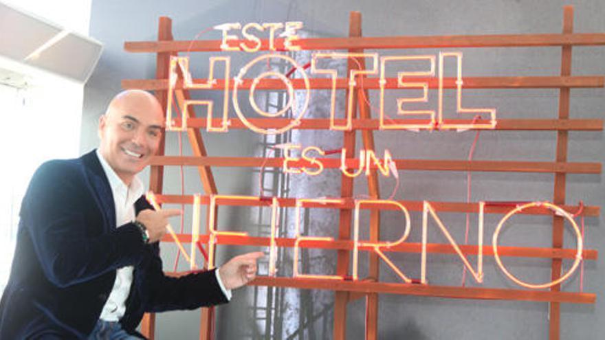 Kike Sarasola sale al rescate de hoteles con problemas