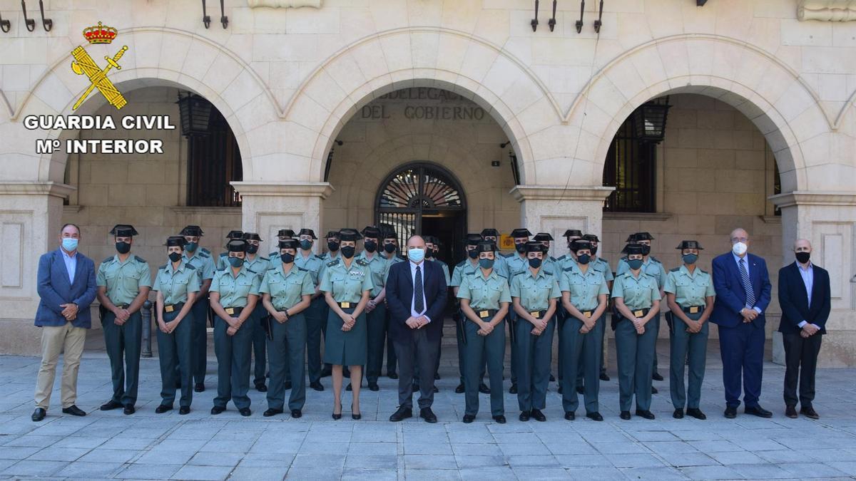 Agentes de la guardia civil durante el acto de presentación