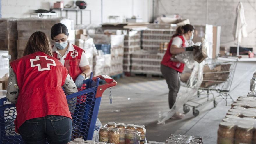 Cruz Roja lanza una serie documental para ayudar a comer bien y no tirar comida