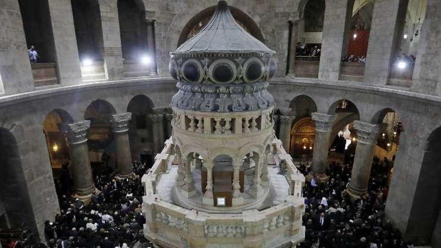 Las tres iglesias cristianas presentan la tumba de Jesucristo restaurada