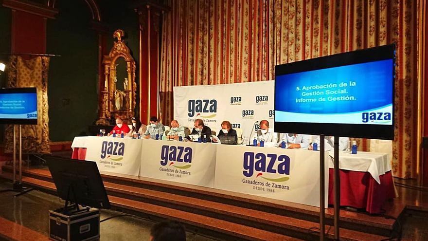 Leche Gaza invierte más de 20 millones de euros en la nueva fábrica de Coreses
