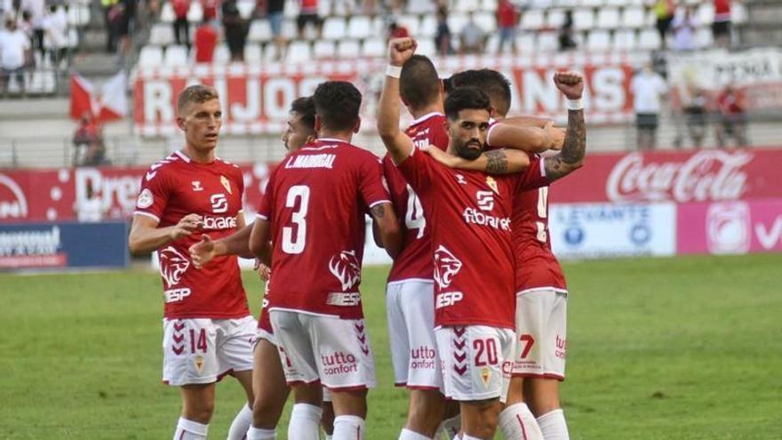 El Real Murcia sube su cotización (2-0)