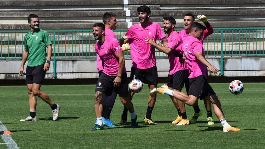 El Córdoba CF prepara el dibujo para el partido definitivo